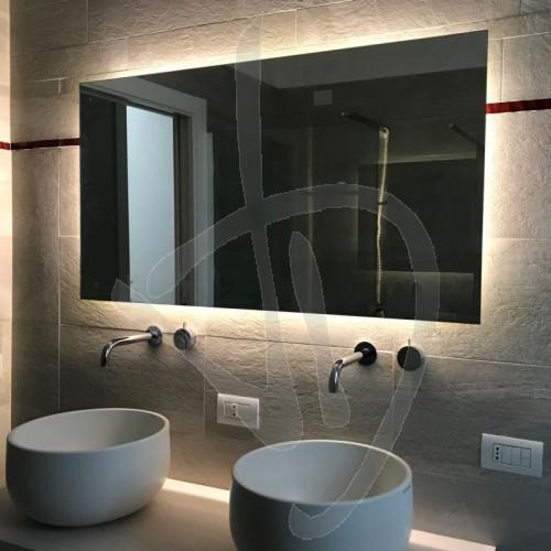 specchio-antiappannamento-opzionale-su-misura