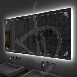 Specchio su misura, con decoro B025 inciso e illuminato e retroilluminazione a led