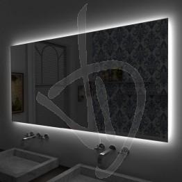 Specchio su misura con retroilluminazione a led