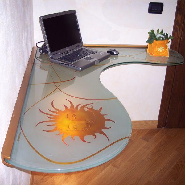 Scrivania angolare sospesa, scrivania in vetro, scrivania in vetro ...