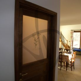 Porte con vetri decorati